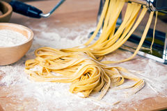 Fresh Pasta And Pasta Machine Royalty Free Stock Photos