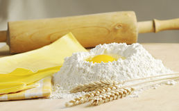 Fresh pasta with flour and egg Stock Photography