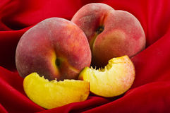 Fresh peaches fruits Royalty Free Stock Photography