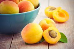 Fresh peaches on wooden table Stock Photography