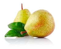 Fresh pear with green leaf Royalty Free Stock Photography