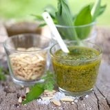 Fresh pesto Stock Photos
