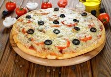 Fresh pizza Royalty Free Stock Photos