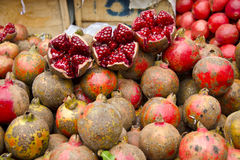 Fresh pomegranate in Delhi street market Royalty Free Stock Images