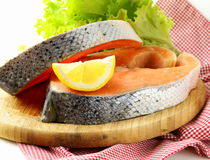 Fresh raw red fish (salmon) Royalty Free Stock Images