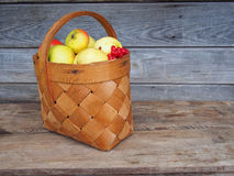 Fresh ripe apples in a basket. Royalty Free Stock Images