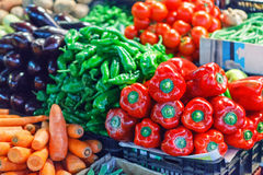 Fresh ripe vegetables on shelves in market Royalty Free Stock Photography