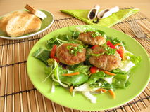 Fresh salad with meatballs Stock Photography