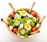 Fresh salad in a wooden bowl Royalty Free Stock Photos