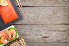 Fresh salmon fish and shrimps Royalty Free Stock Images