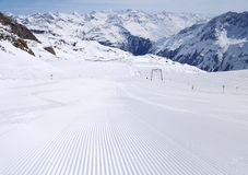 Fresh ski track at Soelden ski zone Stock Photography