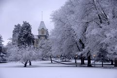 Fresh snow on campus. Benton Hall on the campus of Oregon State University. Erected in 1889, Benton Hall is home to the Department of Music and is OSU's oldest Stock Image
