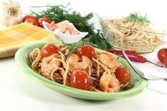 Fresh spaghetti with shrimp Royalty Free Stock Photos