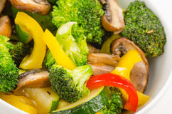 Fresh stir-fried vegetables in bowl Royalty Free Stock Images