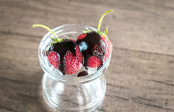 Fresh strawberries with chocolate topping Royalty Free Stock Photography