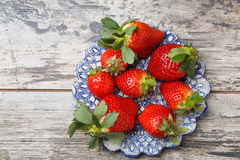 Fresh strawberries on a plate Royalty Free Stock Photography