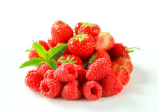Fresh strawberries and raspberries Stock Photography