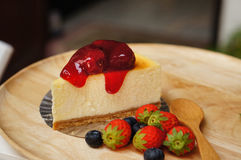 The fresh strawberry cheesecake Royalty Free Stock Images