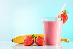 fresh strawberry smoothie royalty free stock images