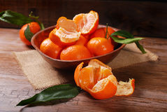 Fresh tangerines in bowl Royalty Free Stock Photography