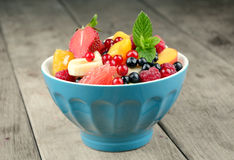 Fresh tasty fruit salad Royalty Free Stock Images
