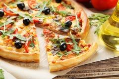 Fresh tasty pizza Stock Photography