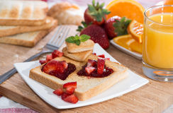 Fresh Toast with Jam (breakfast) Royalty Free Stock Photos