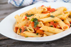 Fresh tomato and basil pasta Royalty Free Stock Images