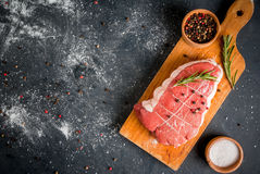Fresh uncooked roastbeef Royalty Free Stock Images