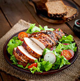 Fresh vegetable salad with grilled chicken breast Stock Photography
