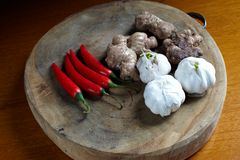 Fresh vegetables on chopping board Royalty Free Stock Images
