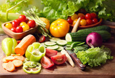 Fresh vegetables on cutting board Stock Photography