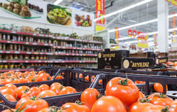 Fresh vegetables ready for sale in the hypermarket Royalty Free Stock Photography