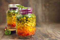 Fresh vegtable salad in a mason jar. Royalty Free Stock Images