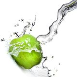 Fresh water splash on green apple Royalty Free Stock Photos