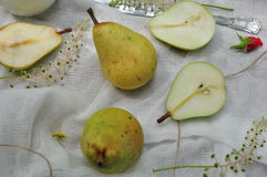 Fresh yellow Pears Royalty Free Stock Photos