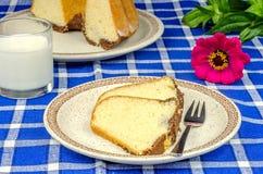 Freshly baked bundt cake Royalty Free Stock Images