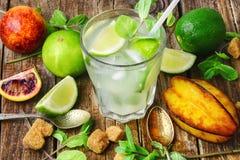 Freshly squeezed citrus juice Royalty Free Stock Photos