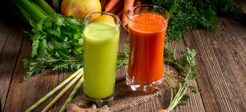 Freshly squeezed vegetable juices Royalty Free Stock Photos