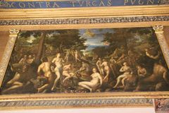 Fresko mit nackten Leuten im italienischen Museum Palazzo Te in Mantova Stockfoto