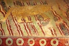 Fresko mit Puma Mural Del Puma, Teotihuacan in Mexiko stockbilder