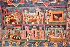 Fresko's en schilderijen die bijbelse verhalen afschilderen Het oude Moraca-Klooster, Montenegro stock fotografie