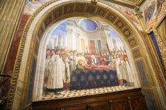 Freskomålning i San Gimignano - begravningen av helgonet Fina Royaltyfria Foton