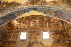 Freskomålning på den Quseir (Qasr) Amra ökenslotten nära Amman, Jordanien royaltyfri foto