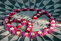 Föreställ mosaiken, Strawberry Fields i Central Park, Manhattan, den New York City, New York staten, USA Fotografering för Bildbyråer