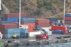 Fret sur le dock photographie stock libre de droits
