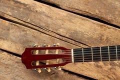 Fretboard de guitare avec des ficelles photos stock
