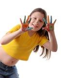 Freude. Jugendliches Mädchen, das mit Farben spielt Lizenzfreie Stockbilder
