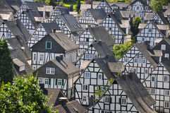 Freudenberg, vila de casas metade-suportadas imagens de stock