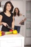Freundin dans le der Küche Image libre de droits